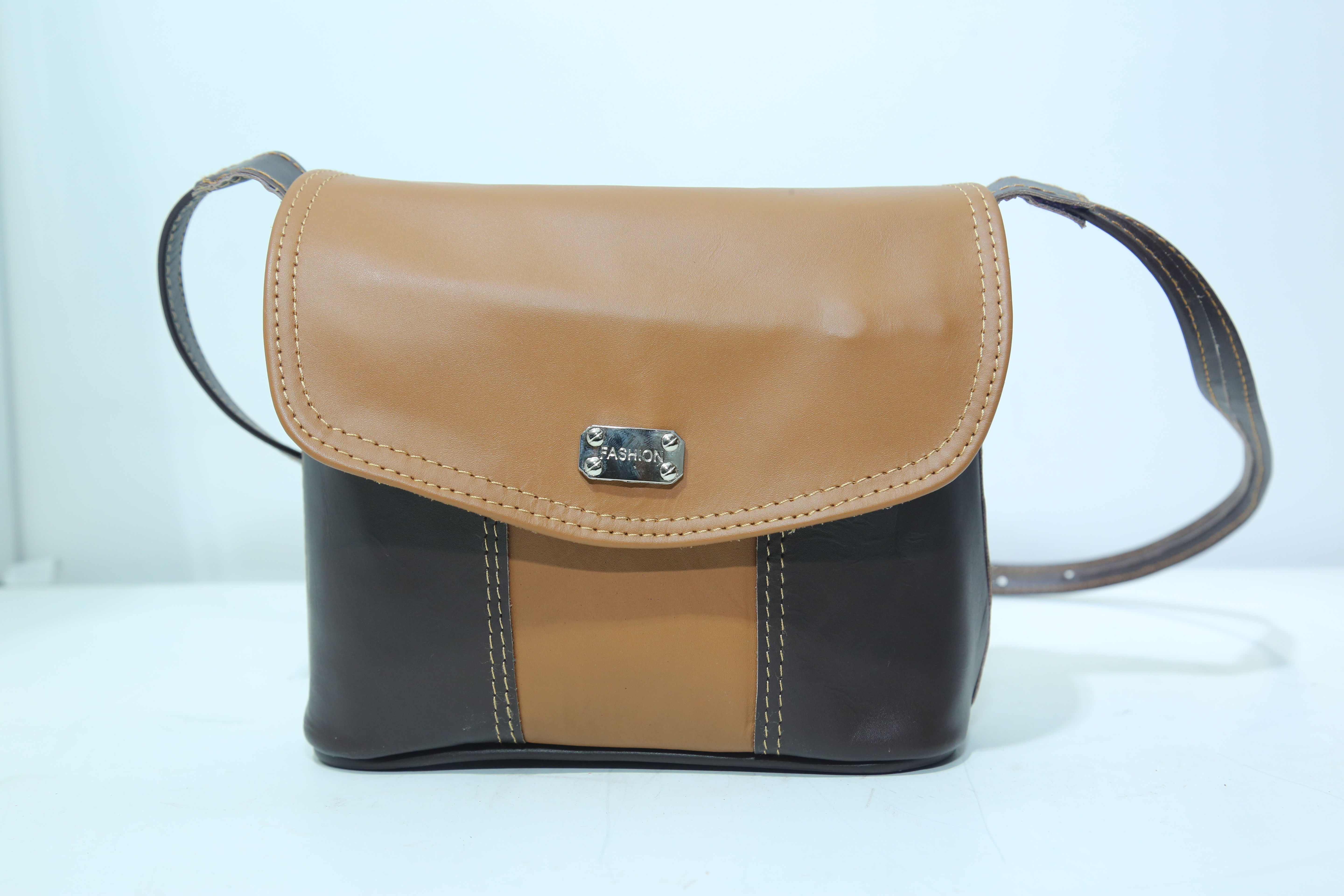 Laksala State Owned Gift And Souvenir Boutique Leather Ladies